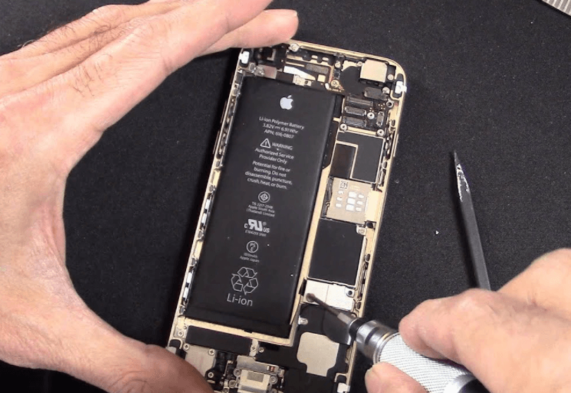 disconnecting the battery on an iphone 6